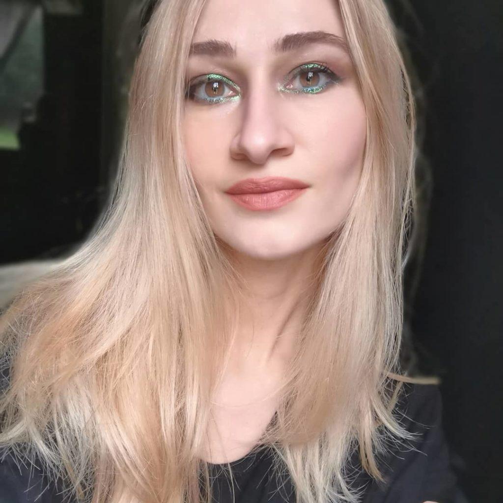 LISA ELDRIDGE Velvet Fawn Lipstick